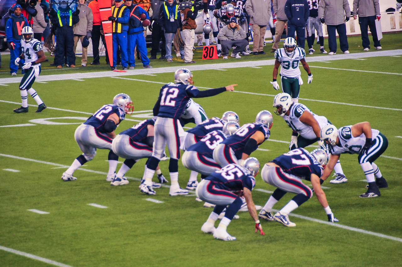 Tom Brady running a play, Gillette Stadium - 16 January 2011