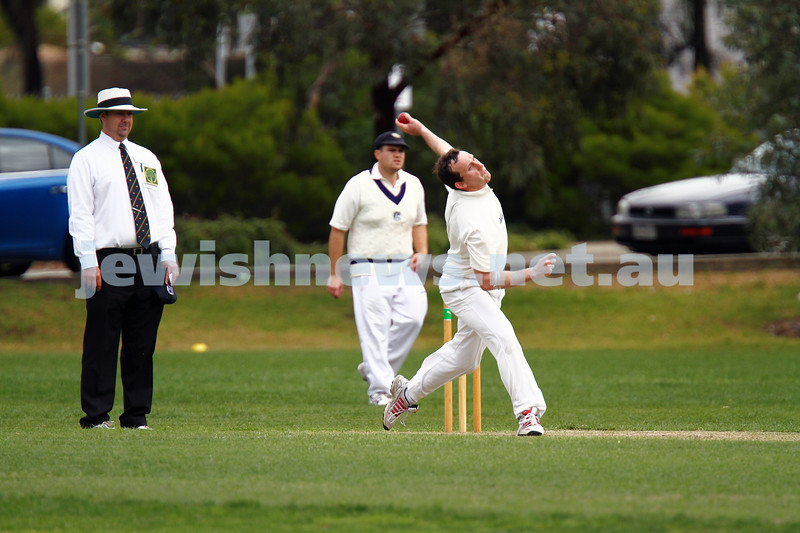 10-11-13. Cricket. AJAX first XI v Monash at Monash University. Alan Goldstein. Photo: Peter Haskin