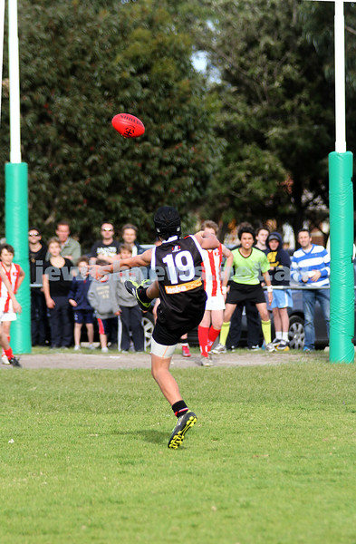 28-8-11. AJAX Under 12 Jets premiers 2011, defeating Mordialloc Braeside. Asher Berlinski seams the premiership with the last goal. Photo: Peter Haskin