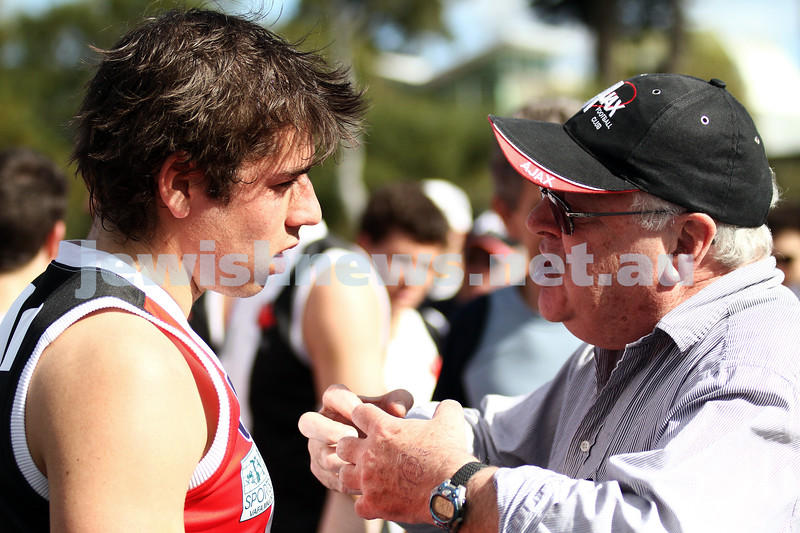 27-8-11. AJAX v Old Essendon. Coah Bernie Sheehy. Photo: Peter Haskin