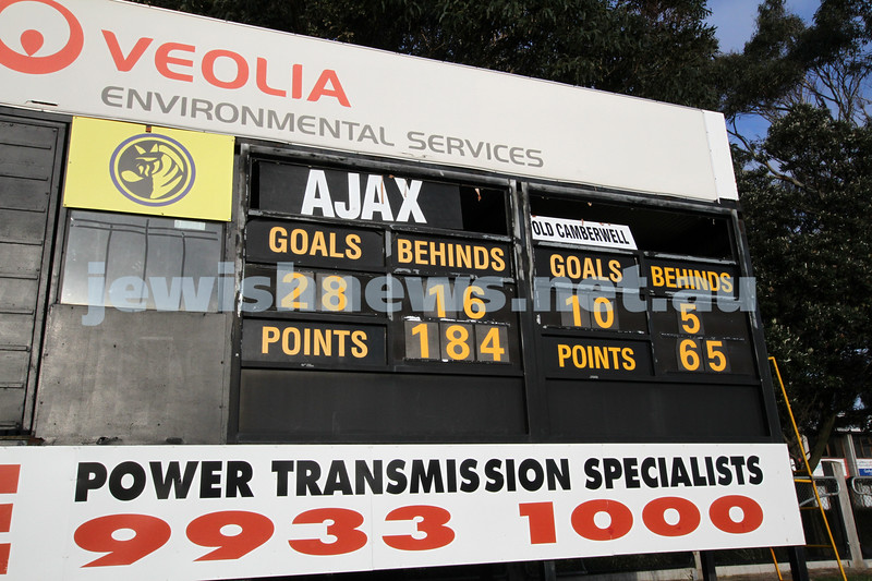 10-9-11. Ajax V Old Camberwell, Preliminary Final. The final score. Photo: Peter Haskin