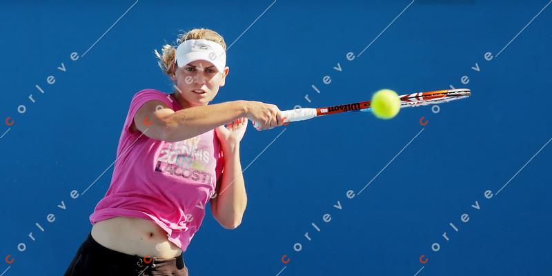 2010 Australian Tennis Open - [practice] Jelena Dokic - 1056