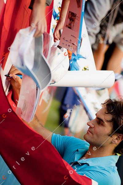 2010 Australian Tennis Open - FEDERER, Roger (SUI) [1] vs DAVYDENKO, Nikolay (RUS) [6] - [photographer] Mark Peterson - 7584