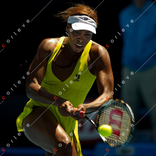 SCHIAVONE, Francesca (ITA) [17] vs WILLIAMS, Venus (USA) [6]