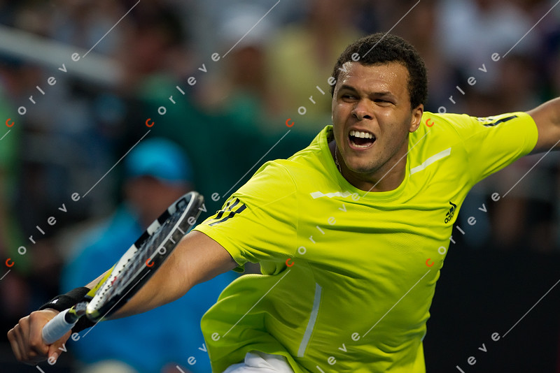 2010 Australian Tennis Open - TSONGA, Jo-Wilfried (FRA) [10] vs ALMAGRO, Nicolas (ESP) [26] - [photographer] Mark Peterson - 2860