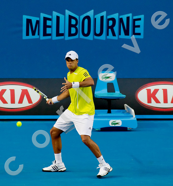 2010 Australian Tennis Open - TSONGA, Jo-Wilfried (FRA) [10] vs HAAS, Tommy (GER) [18] - [photographer] Natasha Peterson - 1258