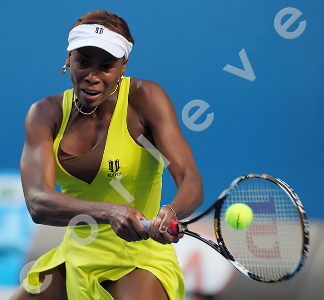 2010 Australian Tennis Open - SAFAROVA, Lucie (CZE) vs WILLIAMS, Venus (USA) [6] - [photographer] Mark Peterson - 1231