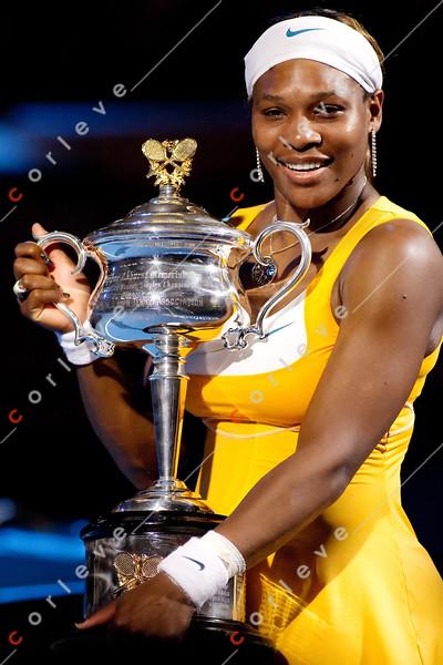 2010 Australian Tennis Open - Serena Williams vs Justine Henin - [photographer] Mark Peterson - 8659