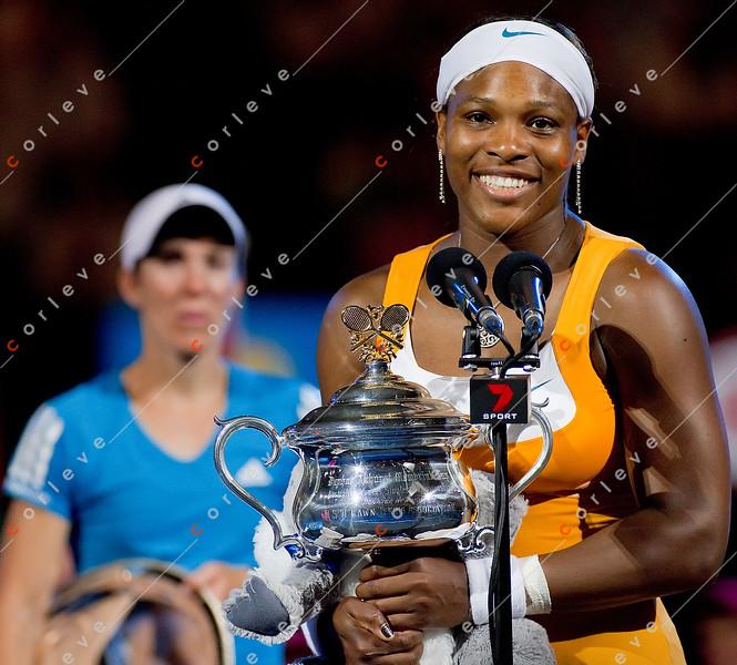 2010 Australian Tennis Open - Serena Williams vs Justine Henin - [photographer] Mark Peterson - 8576