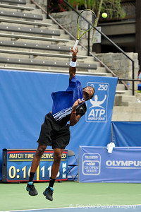 Phillip Simmonds (USA) serves to Lleyton Hewitt (AUS) during the first round.  Lleyton Hewitt defeated Phillip Simmonds in straight sets 6-4, 6-4 in First Round Action on Tuesday in the Atlanta Tennis Championships at the Racquet Club of the South in Norcross, GA.