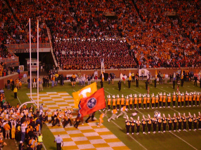 Here comes the UT players . . .