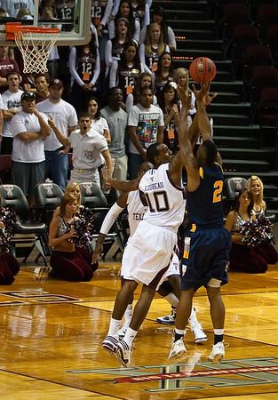Aggie Basketball