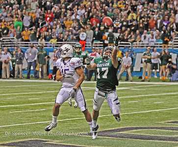 Baylor's safety, Mike Hicks almost intercepted this pass in Washington's end zone. It's too bad the ball was over-thrown, otherwise he would have been halfway up the field before the Husky receiver would have realized Mike had the ball.