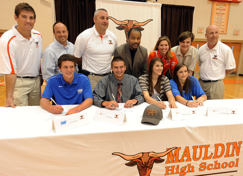 Mauldin's Alan Pearce signed to play collegiate tennis at Erskine.<br /> Mauldin tennis standout Alan Pearce holds the record (Boys) for most career wins at Mauldin with 119. Pearce, coached by Lee Taylor, is a six-year starter and a five-time All-Region player.<br /> GWINN DAVIS PHOTOS<br /> gwinndavis@gmail.com  <br /> (864) 915-0411<br /> gwinndavisphotos.com