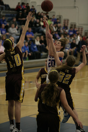 Albia and Davis County High School Girls Varsity Basketball 12192014