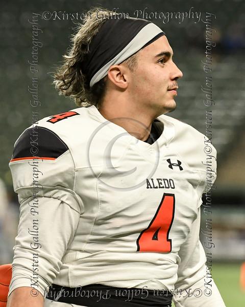 Aledo quarterback #4 Ethan McBrayer.
