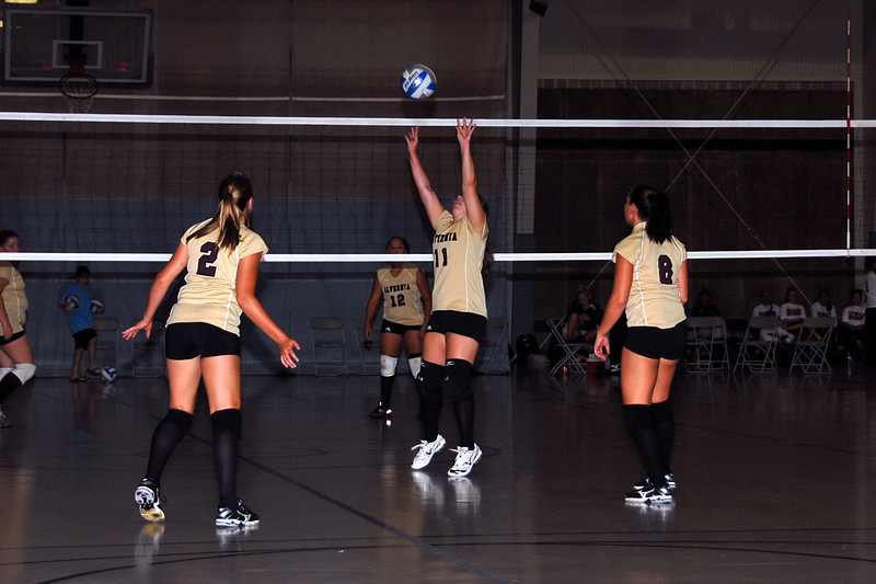 20080830_AC_Vball001out