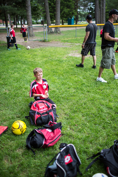 amherst_soccer_club_memorial_day_classic_2012-05-26-00011