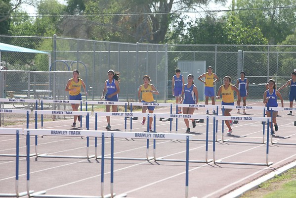 Apr 11, 2013 Brawley vs Central Track