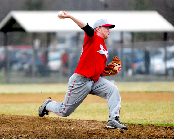 Effingham pitcher Brennan Poland delivers during a loss at Mt. Vernon.