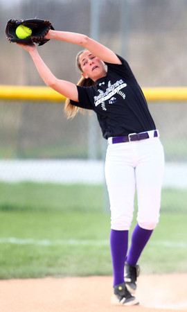 4-24-14<br /> Western vs. Northwestern softball<br /> Northwestern's Sophia Beachy catches the ball for an out.<br /> Kelly Lafferty | Kokomo Tribune