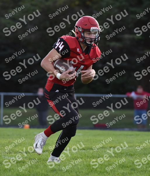 -Messenger photo by Britt Kudla<br /> Cage Arends of Pocahontas Area gains a few yards against Manson NW Webster on Friday