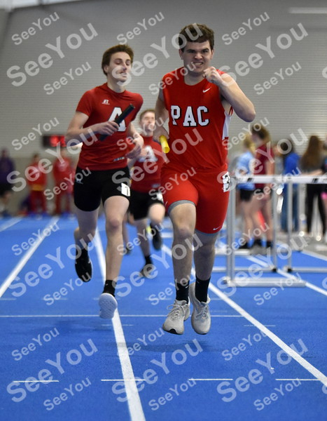 -Messenger photo by Britt Kudla<br /> Chaiden Duitscher of Pocahontas Area compete in the Distance Medley during Humboldt Invitational on Friday