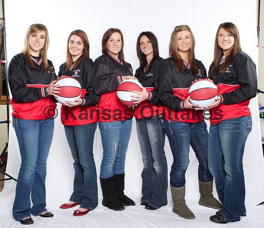 Argonia senior girls bball players...
