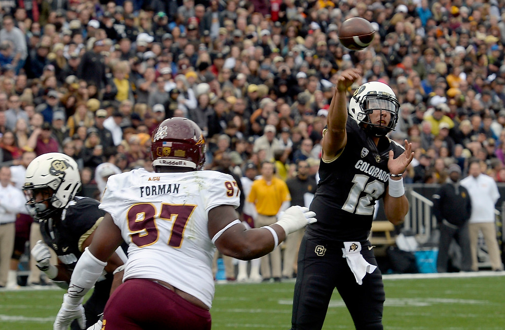 . BOULDER, CO: October 6, 2018: University of Colorado\'s Steven Montez throws a touchdown pass to Laviska Shenault  during  the game with Arizona State on October 6, 2018. (Photo by Cliff Grassmick/Staff Photographer)