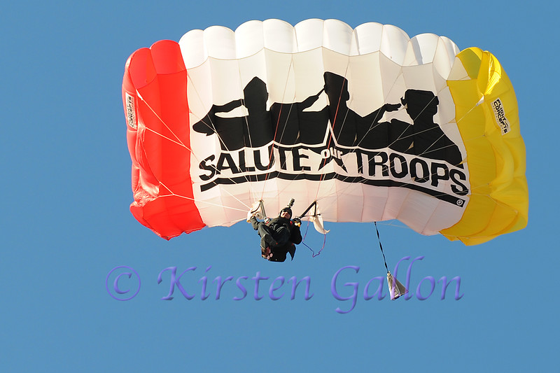 Armed Forces Bowl 2014<br /> One of the four paratroopers comes in for a landing.