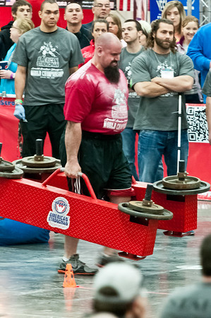 Eric at the Arnold Amateur Strongman Competition