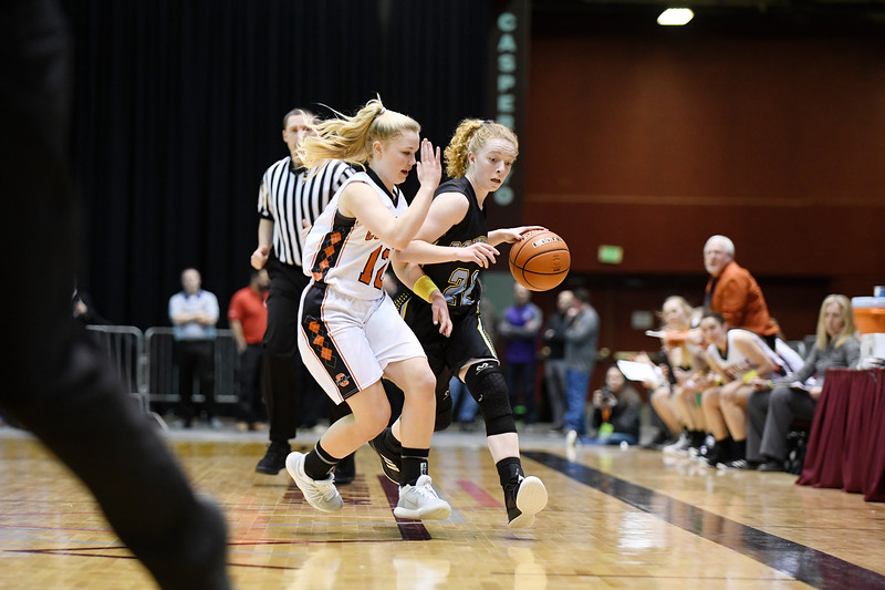 Matthew Gaston | The Sheridan Press<br>Arvada-Clearmont's Kristin Klaahsen (22) drives down court during the 1A state championship against Cokeville Saturday, Mar. 2, 2019.