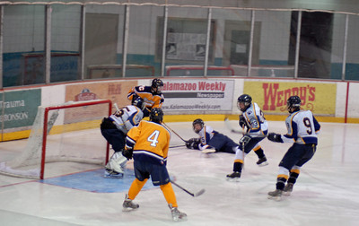 Hockey Mattawan vs Portage Central Varsity High School Hockey Michigan January 17 2009