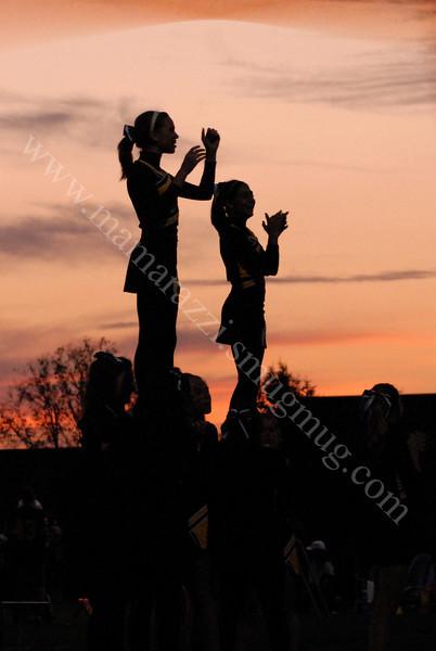 Battleground Cheerleaders<br /> Middle School<br /> at Klondike Football Game