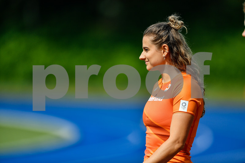 PAPENDAL, NETHERLANDS - JULY 8 Lisanne de Witte of The Netherlands during an training at the Press presentation of the olympic team of the Dutch Athletics Federation at the Papendal Athletics track on July 8, 2021 in Papendal, Netherlands (Photo by Andy Astfalck Orange Pictures)