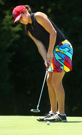 8-1-12<br /> Girls High School Golf - Kokomo Invitational<br /> Western's Allison Lindley putting on the 4th.<br /> KT photo | Tim Bath