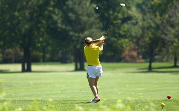 8-1-12<br /> Girls High School Golf - Kokomo Invitational<br /> Northwestern's Libby Hansen teeing off 6.<br /> KT photo   Tim Bath