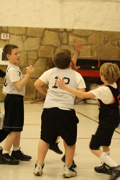 b-ball  3rd boys long w08-09 037