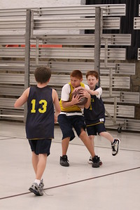 b-ball 5th boys tiry w08-09 048