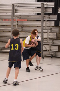 b-ball 5th boys tiry w08-09 047