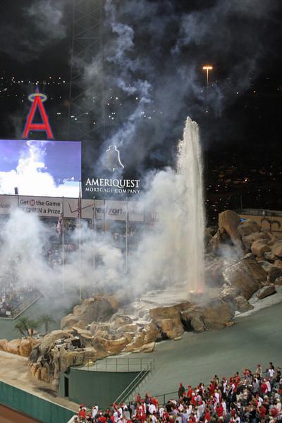BASEBALL PARKS - ANGEL STADIUM OF ANAHEIM - LOS ANGELES ANGELS OF ANAHEIM