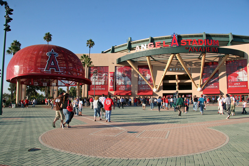 ANGEL STADIUM OF ANAHEIM - LOS ANGELES ANGELS OF ANAHEIM