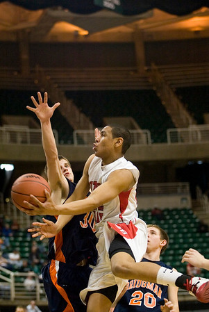 Record-Eagle/Jan-Michael Stump<br /> Suttons Bay vs Bridgman in the state semifinal game Thursday at the Breslin Center in East Lansing.