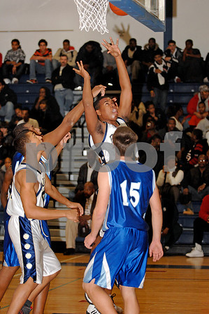 #13  Nick Thomas, BHS. Long Beach HS. Baldwin HS vs Long Beach, Boys Basketball, December 12th, 2007 at Baldwin. 85-49. Photo by Kathy Leistner