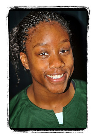 #20 Toni Ann Lawrence. Elmont HS vs Copaiague HS. December 27th, 2008. Photo by Kathy Leistner