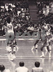 The Nets Dr J takes a jumper in Nassau County Coliseum vs St Louis Spirits