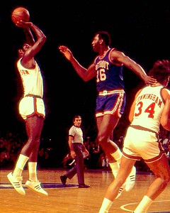 Oscar Robertson shoots over Bob Lanier of Pistons