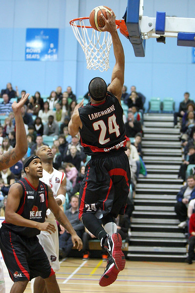 31 Jan 2010 - Guildford Spectrum - The Leicester Riders scored a crucial win in the hunt for the BBL Championship Playoff places as they won 87-92 on the road at the Guildford Heat