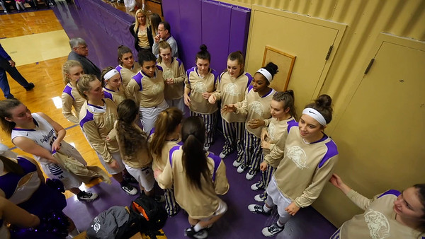 BG Girls Hoops Pre Game