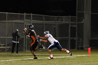 #2 of 3 Shot TD catch! A little oops at the goal line, just to make it interesting.